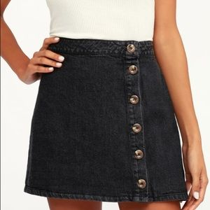 Lulu's Button-Front Denim Mini Skirt